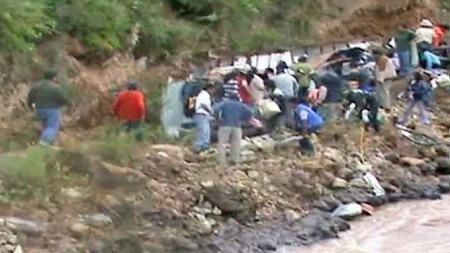 Bussulykke Peru  (Foto: APTN)