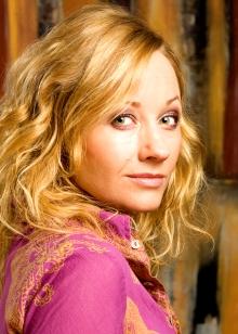 Rudy Claes spiller Eva Rosenkrantz i «Hotel Cæsar». (Foto: Yvette Jansen)
