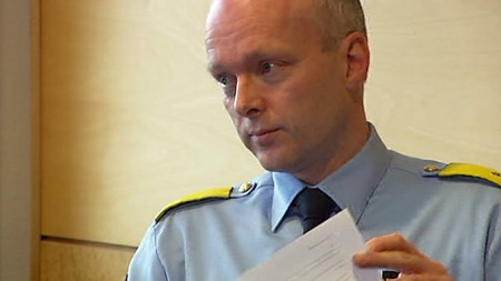 DRAMATISK JAKT: Visepolitimester Hans Vik i Rogaland politidistrikt orienterte pressen om hendelsen onsdag formiddag.