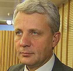 OPPRØRT: KrF-leder Dagfinn Høybråten er opprørt over uttalelsene   om at homofile fortjener å dø.