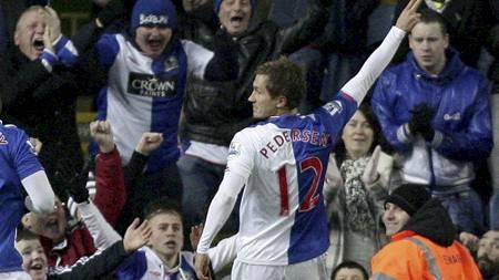 Morten Gamst Pedersen noterte seg for én målgivende mot Bolton.   (Foto: Jon Super/AP)