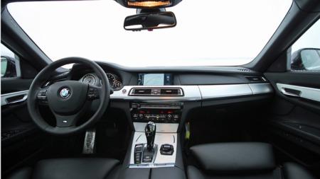 y BMW 5 117