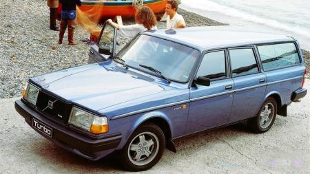 Volvo_240_Turbo_80-85_1