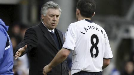 Ancelotti (Foto: IAN KINGTON/AFP)