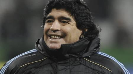 Diego Maradona (Foto: JOHN MACDOUGALL/AFP)