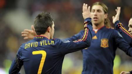 Villa, Ramos (Foto: LIONEL BONAVENTURE/AFP)