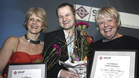 HEDRET FOR VANNVERK-AVSLØRING: Aftenpostens Siri Gedde-Dahl, Alf Endre Magnussen og Anne Hafstad. (Foto: Martin Fossum / SKUP/SCANPIX)