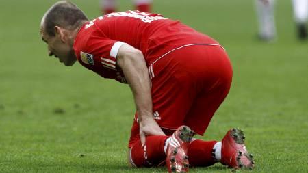 Arjen Robben sliter med skade foran dagens oppgjør. (Foto: MICHAEL   DALDER/REUTERS)