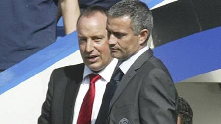 TAKKER NEI: Jose Mourinho ønsker ikke å trene Liverpool om han får tilbudet i sommer. (Foto: GRAHAM HUGHES/AP)
