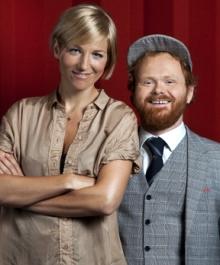 Guri Solberg og Ravi er programledere for «X Factor».