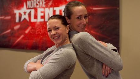 Malin Olsen og Hege Grostad (Foto: Thomas Reisæter / TV 2)