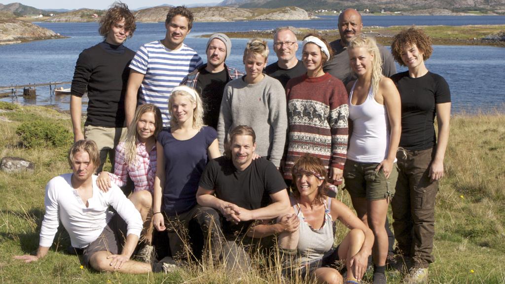 ULOVLIG BYGG: Produksjonsselskapet Strix, som står bak innspillingen i TV 2-serien «Farmen» brøt loven da de blant annet ga deltagerne i oppgave å bygge smie, fiskebu og brygge i strandsonen.