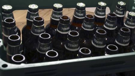 EN LILLE EN: Danskene drikker fortsatt mest av   alle i EU. (Foto: Scanpix/SCANPIX)