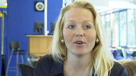 FOTBALLFRUE 3: Gyda Bech Thorsen, kalt danse-Gyda, er samboer med Bjørnar Holmvik. (Foto: TV 2/)