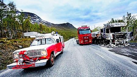 Med brannbil kan du bli dagens helt om du kommer over en trailerbrann.  (Foto: Privat)