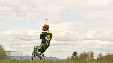 SPORT I VEKST: Over 3000 nordmenn er registrerte cricketspillere.  (Foto: Nico Sollie)