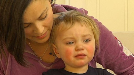 HJERTEPROBLEMER: Lille Elliot ble født med en alvorlig hjertefeil.  (Foto: Jan Kåre GåsemyrTV 2)