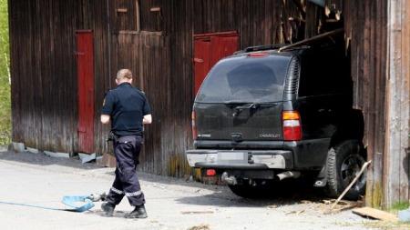 UHELDIG: Slik endte bilturen i Hurdal.  (Foto: Dan Åsen Hansen)