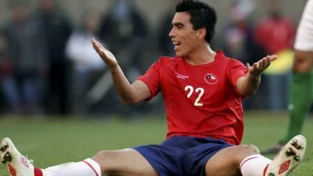 MATCHVINNER: Esteban Paredes var eneste målscorer da Chile slo Nord-Irland. (Foto: VICTOR RUIZ CABALLERO/Reuters)