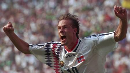 Kjetil Rekdal scoret for Norge mot Mexico  VM 1994. (Foto: Sigurdsøn, Bjørn/NTB scanpix)