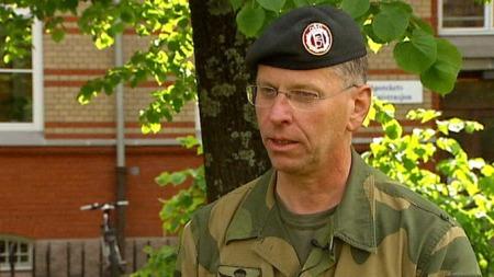NÅR ER DET NOK?: Generalinspektør for Hæren, Per Sverre Opedal, spør nå når bremsene skal settes på. (Foto: TV 2)