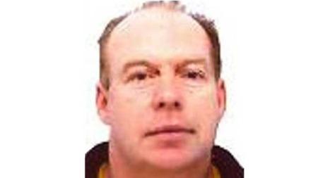 JAKTES: Derrick Bird (52) jaktes av politiet i Whitehaven i Cumbria i Storbritannia, etter at han skal ha skutt flere personer.  (Foto: Britisk politi)