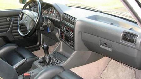 Interiøret var forut for sin tid da bilen ble lansert. Ergonomien var på topp, her er alt plassert på riktig sted.