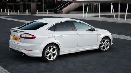 Ford-Mondeo-facelift-skrått