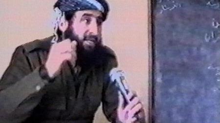 Mulla Krekar kom til Norge som kvoteflyktning fra Nord-Irak i 1991. Krekar skal ha deltatt i oppbyggingen av ekstreme islamistiske grupper i Nord-Irak.