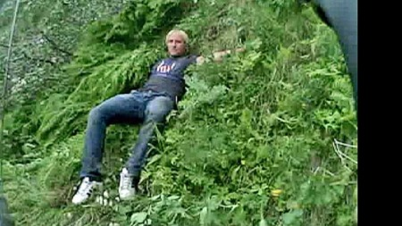 Filip Ainouz holder seg fast (Foto: 330-Skvadronen/HRS)