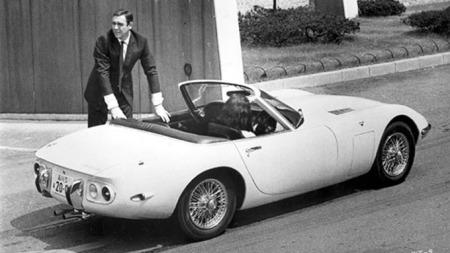Også selveste James Bond kjørte 2000 GT i filmen: You Only Live Twice.