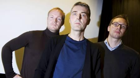 KLAR FOR NOKAS-FILM:  F.v. produsent Jan Aksel Angeltvedt, regissør Erik Skjoldbjærg og manusforfatter Christopher Grøndah (Foto: Larsen, Håkon Mosvold/SCANPIX)