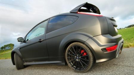 Ford Focus RS sak bak