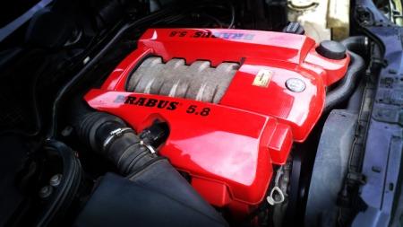 Mercedes-Benz E-klasse Brabus 5,8 motor