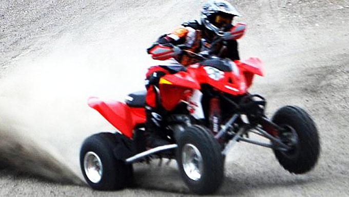 ATV-FØRERKORT I SIKTE?: Stadig flere ATV-ulykker gjør at fagfolk begynner å etterspørre en egen opplæring og førerkort for ATV-kjøretøy (Illustrasjonsfoto).  (Foto: Runar Moen, namdalsavisa/ANB)