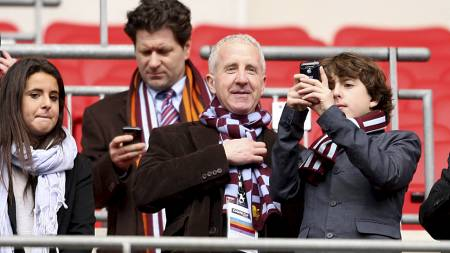 Aston   Villa's owner Randy Lerner in the stands (Foto: Mike Egerton/Pa   Photos)