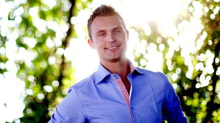 TV 2s sportsanker Jon Hartvig Børrestad gifter seg med sin Marion Kinden  i dag.
