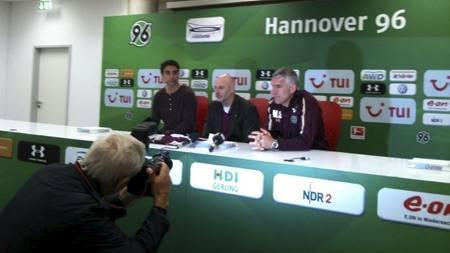 PRESENTERT: Moa ble presentert på en pressekonferanse onsdag.   (Foto: Kristian Oma (TV 2 Sporten)/)