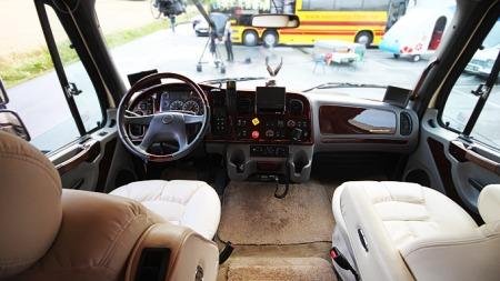 x Cockpit