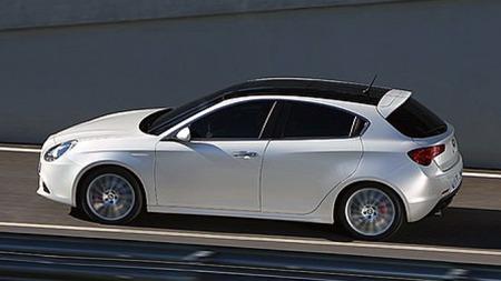 Giulietta er en av Alfaene som har blitt ganske tungt markedsført i Norge, men det har tydeligvis ikke hjulpet mye på salget.