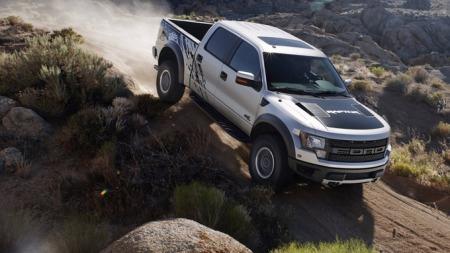 Ford-F-150_SVT_Raptor_SuperCrew_2011_1024x768_wallpaper_02