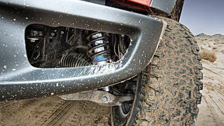 Ford-F-150_SVT_Raptor_SuperCrew_2011_1024x768_wallpaper_0a