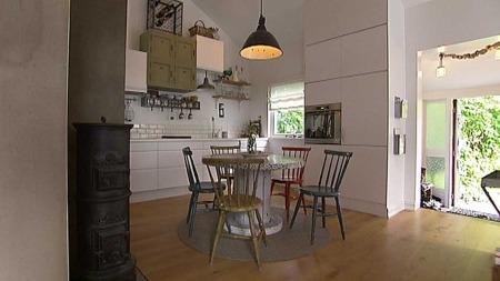 Rommet skal fortelle en historie. Råhet og ektehet er stikkord for for høstens interiørtrend.  (Foto: God morgen Norge)