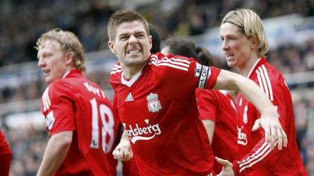 Steven Gerrard (Foto: SIMON DAWSON/AP)