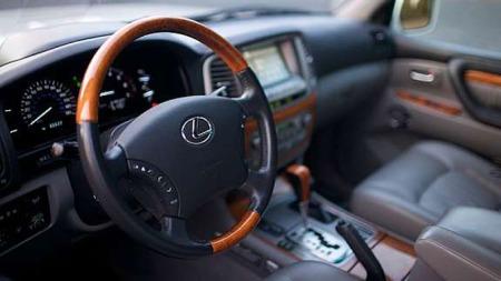 Lexus_LX470_interiør