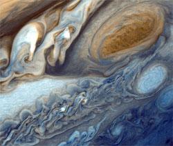 Den røde flekken til Jupiter fotografert av Voyager 2.