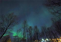 En skikkelig vidvinkel får med nesten hele himmelen. (Foto: Frank Olsen)
