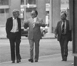 Arne Treholt og Gennadij Titov i Wien august 1983. (Foto: Politiets sikkerhetstjeneste)