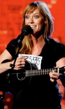 Marianne imponerte dommerne på sin første audition i Oslo med den egenkomponerte låta «Fake it till you make it». Nå er hun ute av konkurransen.