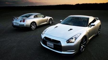 Nissan_R35-GT-R